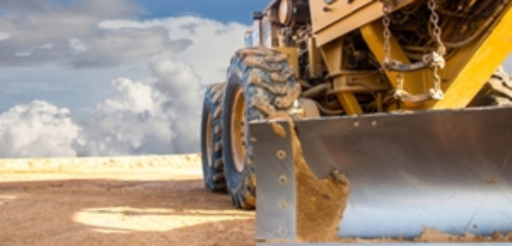 Even as business risks decrease, mining still involves big risks to safety.