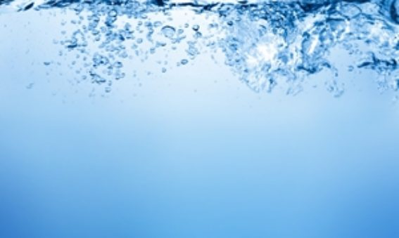 How much water does Australian industry use?
