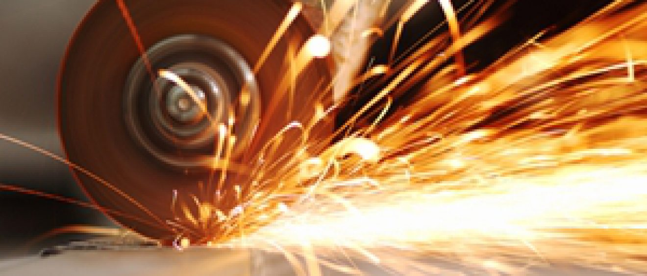 Meshstore's quick guide to sheet metal and wire mesh cutting tools.